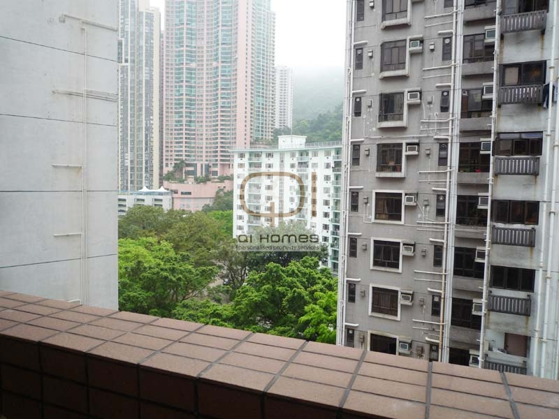 Apartments in 27-27B Robinson Road