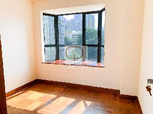 Apartments in 8 Tai Hang Road