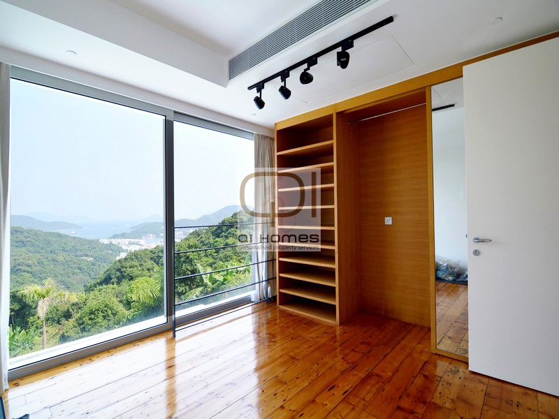 Apartments in 52 Hing Keng Shek Road