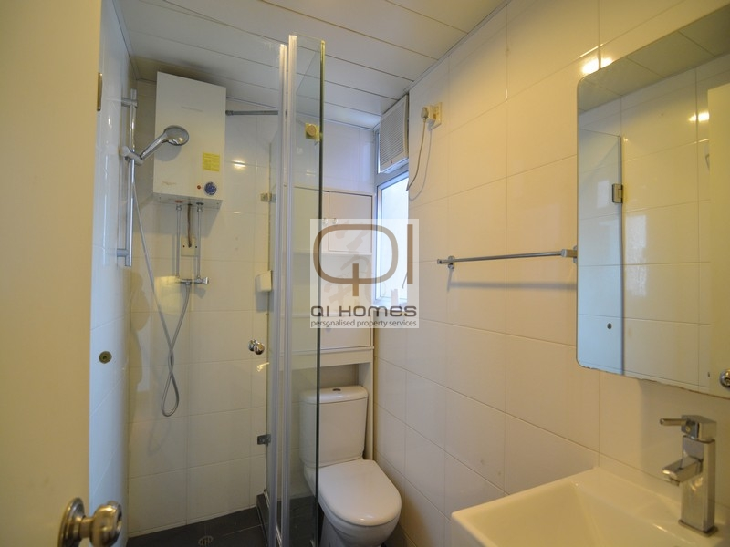 on the bathroom floor wah fai court sai ying pun property for rent qi homes 19796 | bathroom 01