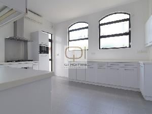 Apartments in 46 Sassoon Road