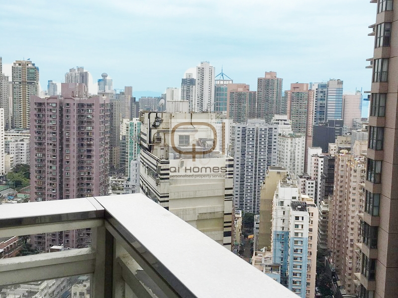 Apartments in 108 Hollywood Road