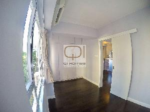 Apartments in 10-18 Po Hing Fong