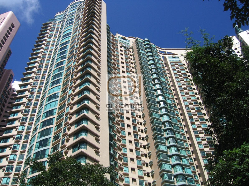Apartments in 18 Old Peak Road