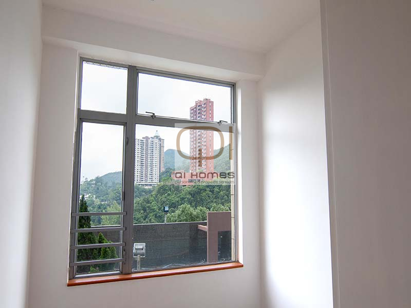 Apartments in 23 Repulse Bay Road