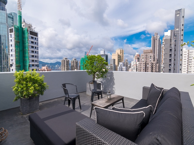 Rooftop Flat close to Pok Fu Lam Road