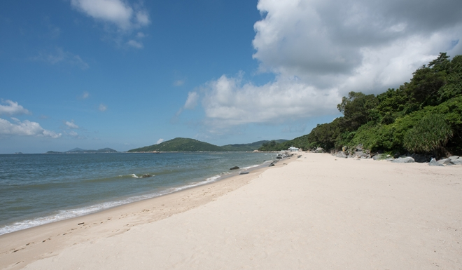 Cheung Sha Beach The Longest Beach in Hong Kong  Photo: Courtesy SCMP